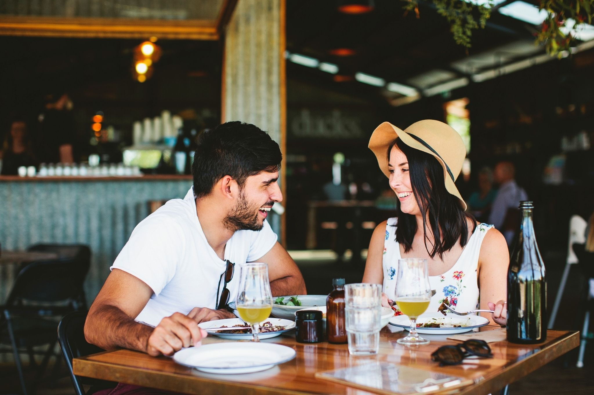 Image of a couple eating at The Farm in Byron Bay NSW