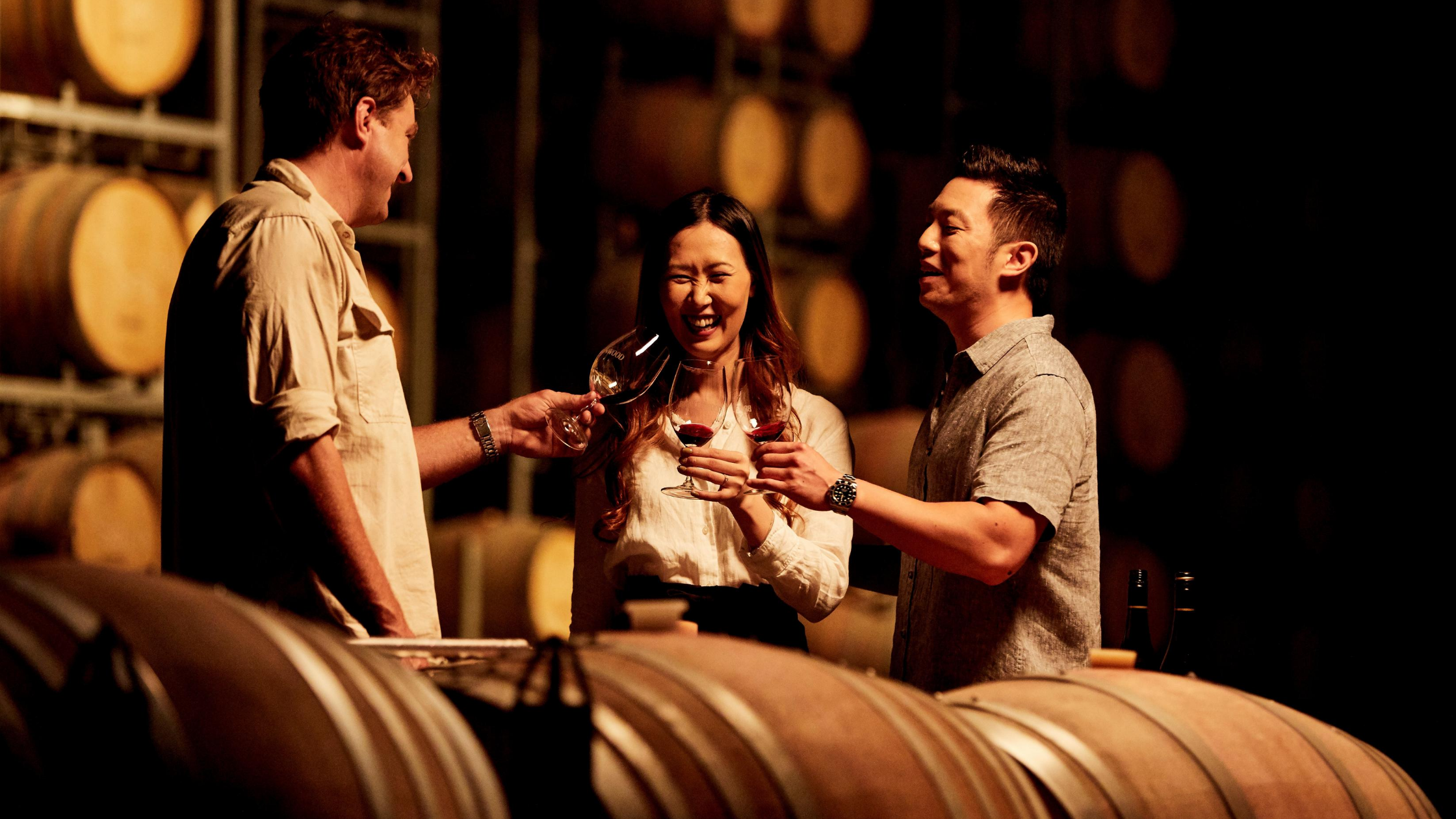 Image of a couple wine tasting at a vineyard in NSW