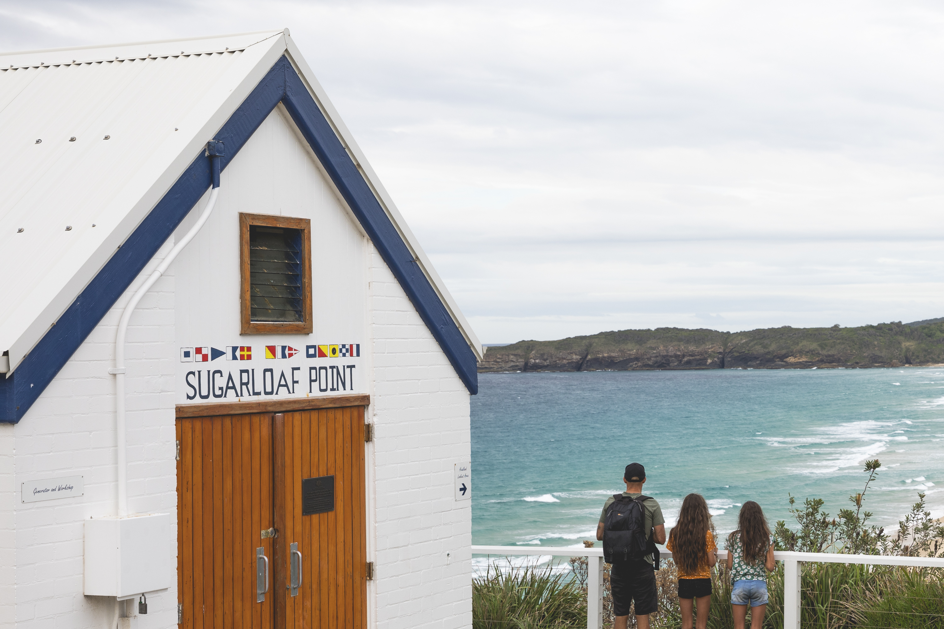 Image of family at Sugarloaf Point in Seal Rocks NSW